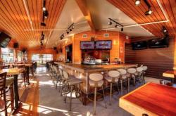 hooters redesign 2013